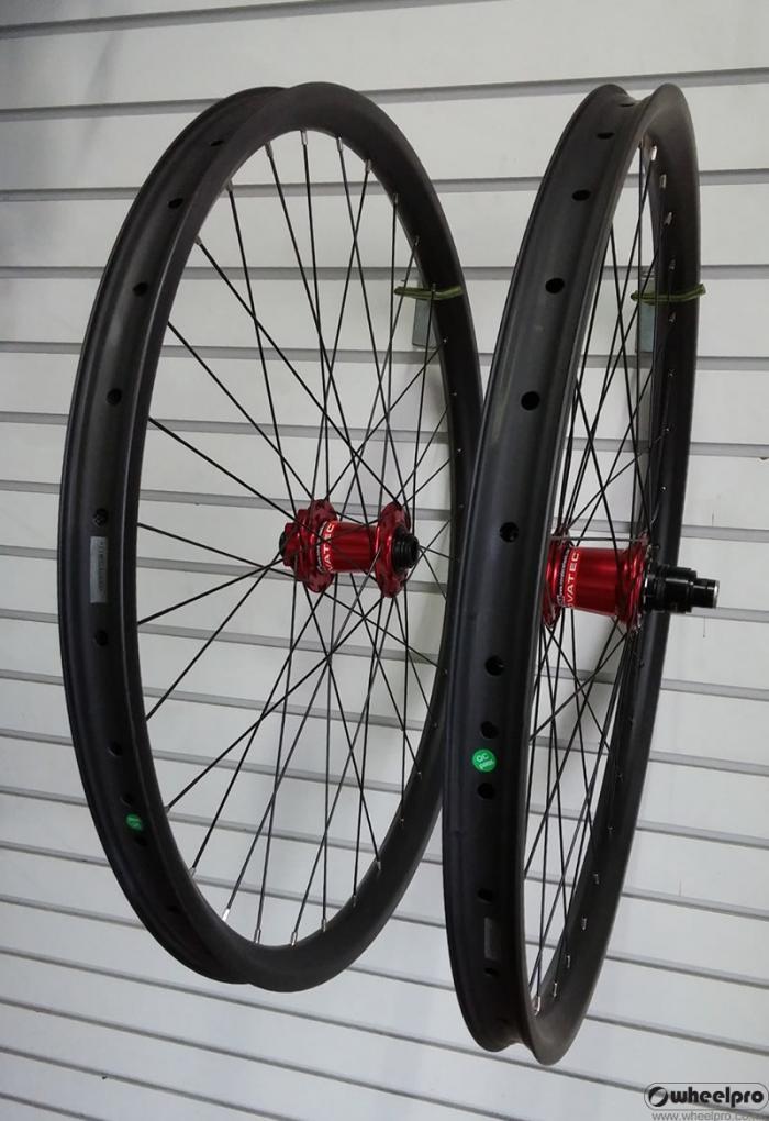 nv_carbon_wheel.jpg