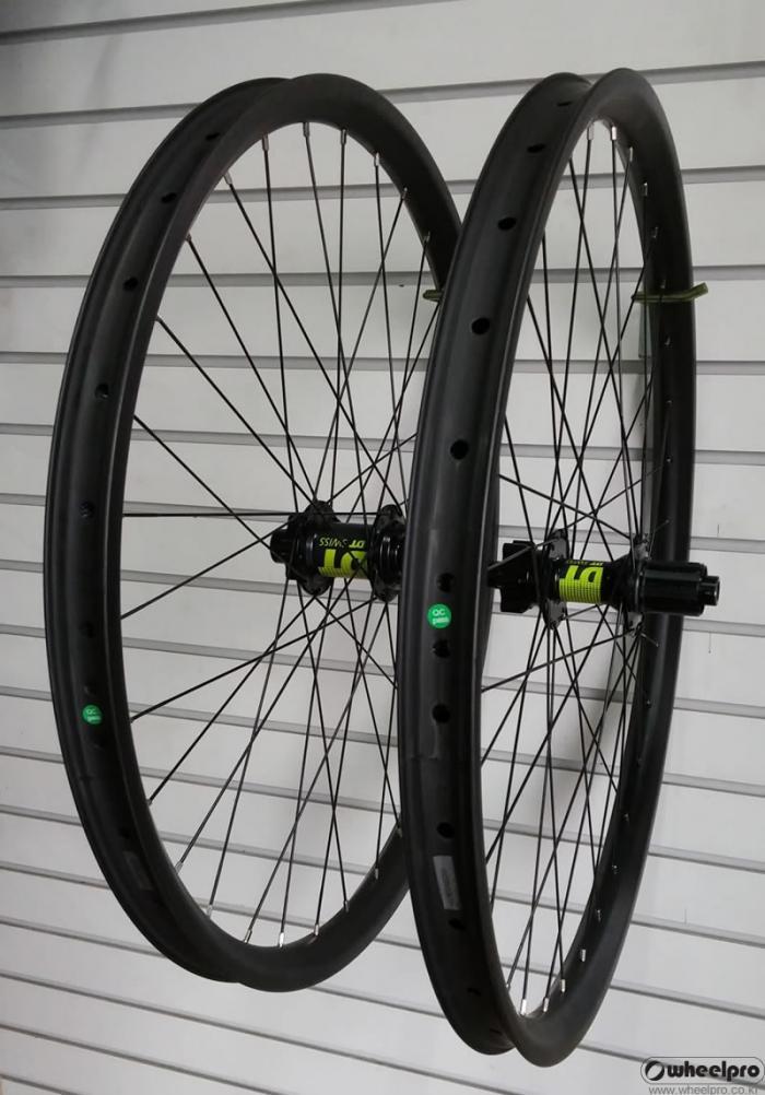 dt_carbon_wheel.jpg