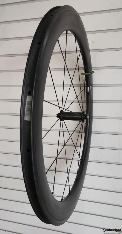 front_carbon_wheel.jpg
